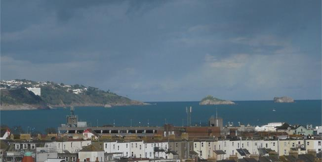 Offers Over £130,000, 2 Bedroom Flat For Sale in Paignton, TQ3