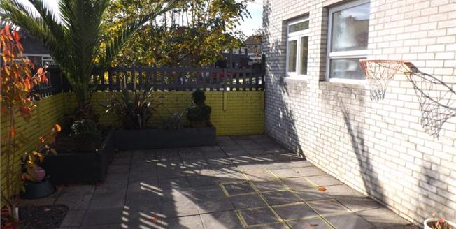 Guide Price £165,000, 3 Bedroom Semi Detached Bungalow For Sale in Plymouth, PL9