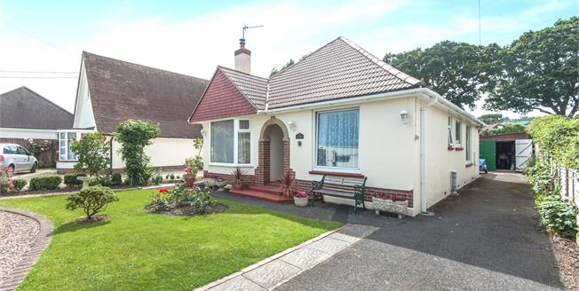 Guide Price £385,000, 3 Bedroom Detached Bungalow For Sale in Seaton, EX12