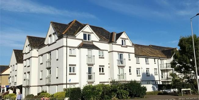 £180,000, 2 Bedroom Flat For Sale in Seaton, EX12