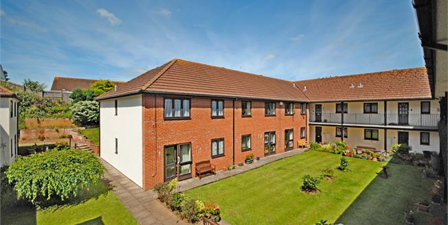 Offers Over £90,000, 2 Bedroom Flat For Sale in Sidmouth, EX10
