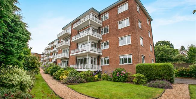 Guide Price £400,000, 3 Bedroom Upper Floor Flat For Sale in Sidmouth, EX10