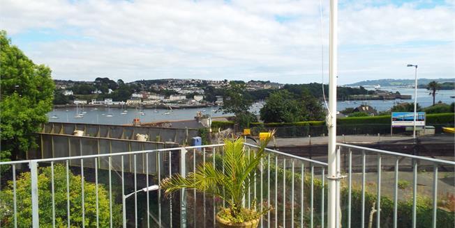 Asking Price £230,000, 3 Bedroom Link Detached House For Sale in Saltash, PL12