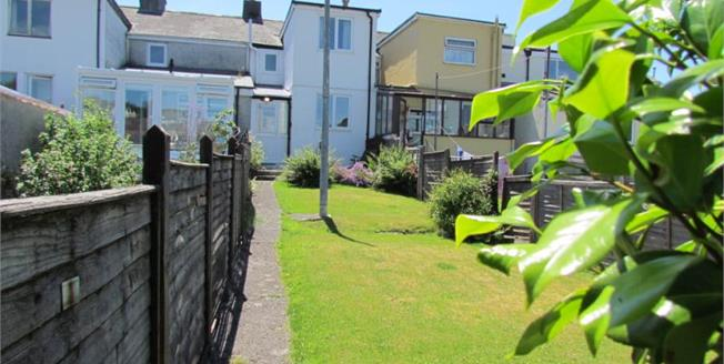 Guide Price £120,000, 2 Bedroom Terraced Cottage For Sale in Callington, PL17
