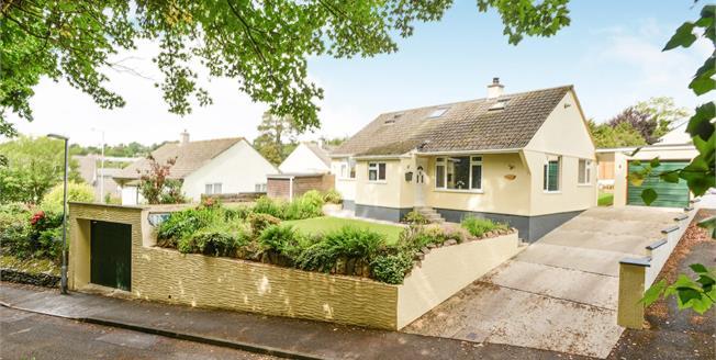 Guide Price £320,000, 4 Bedroom Detached Bungalow For Sale in Callington, PL17