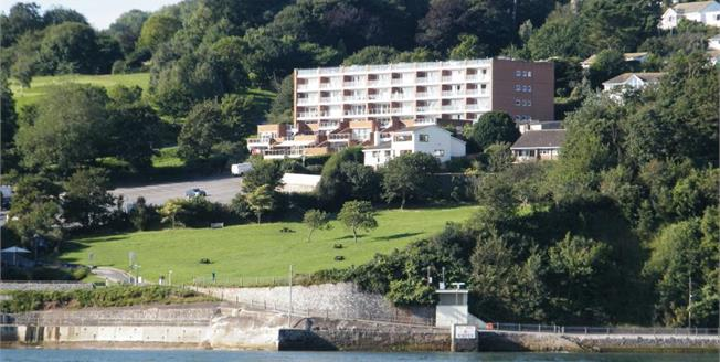 Offers in excess of £235,000, 2 Bedroom Flat For Sale in Shaldon, TQ14