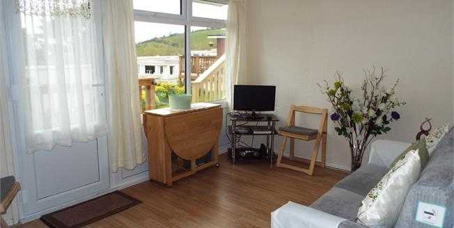 Asking Price £40,000, 2 Bedroom Semi Detached Bungalow For Sale in Shaldon, TQ14