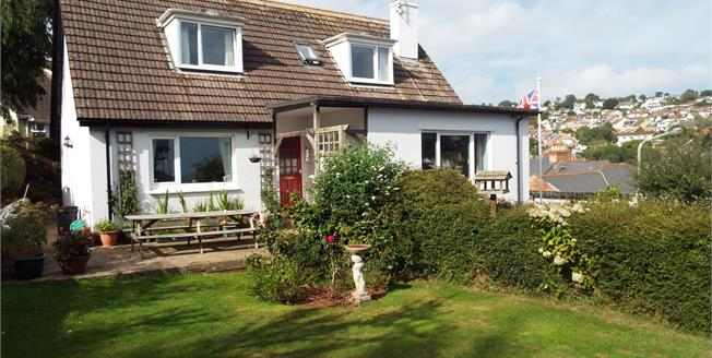 Asking Price £385,000, 3 Bedroom Detached House For Sale in Teignmouth, TQ14