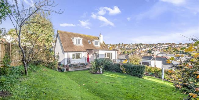Offers in excess of £375,000, 3 Bedroom Detached House For Sale in Teignmouth, TQ14