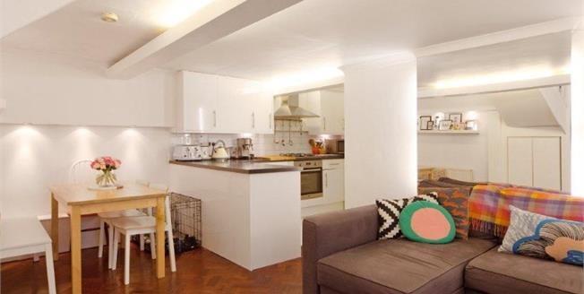 Asking Price £480,000, 1 Bedroom Flat For Sale in London, SW11