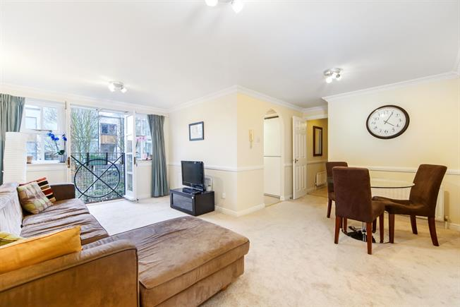 48 Bedroom Flat For Sale In London For Guide Price £4848 Custom 2 Bedroom Flat For Rent In London Interior