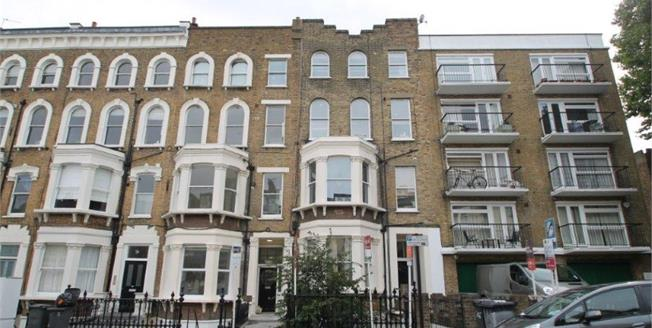 Asking Price £699,500, 2 Bedroom Flat For Sale in London, SW4