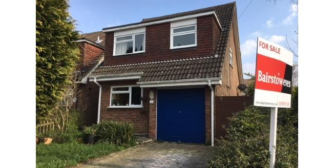 Guide Price £400,000, 3 Bedroom Detached House For Sale in Biggin Hill, TN16
