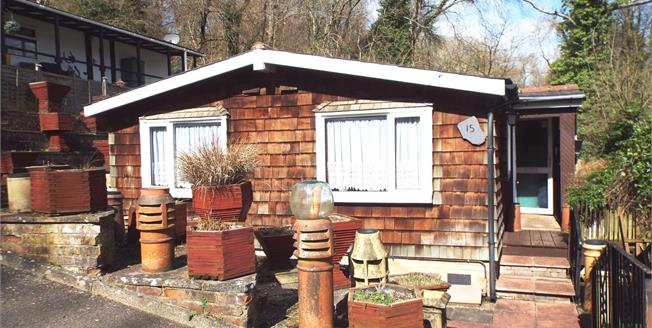 Asking Price £150,000, 2 Bedroom Detached Mobile Home For Sale in Berrys Green, TN16