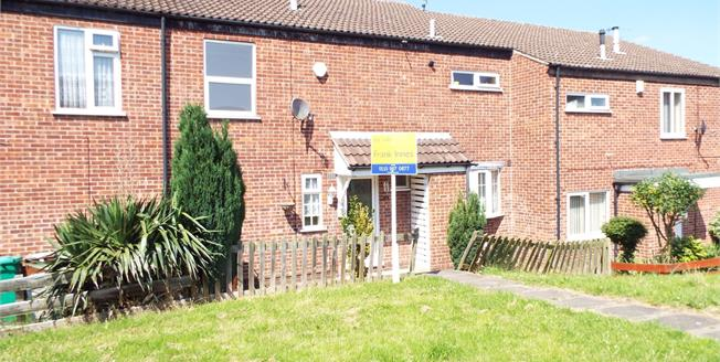 Guide Price £95,000, 3 Bedroom Terraced House For Sale in Nottingham, NG5