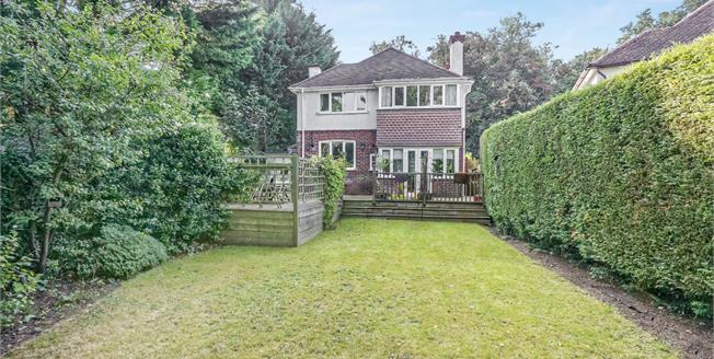 Offers in excess of £650,000, 3 Bedroom Detached House For Sale in Leatherhead, KT22