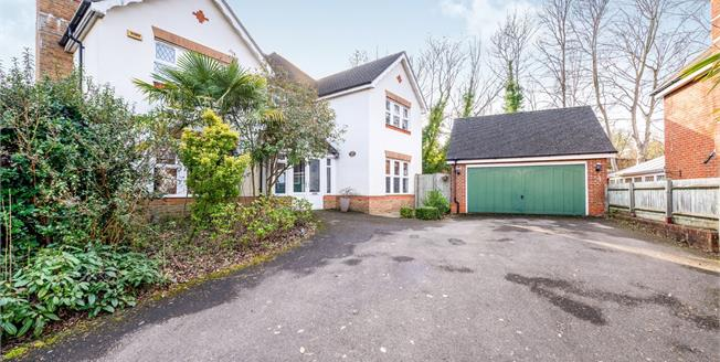 Asking Price £850,000, 5 Bedroom Detached House For Sale in Leatherhead, KT22