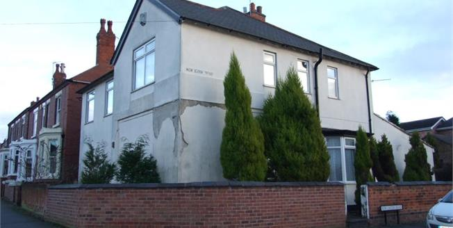 Guide Price £200,000, 5 Bedroom Detached House For Sale in Stapleford, NG9