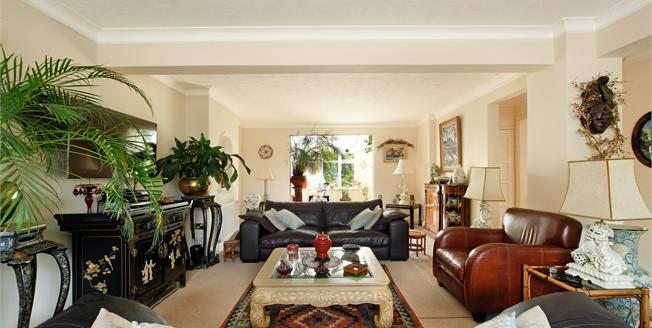 Asking Price £1,400,000, 6 Bedroom Detached House For Sale in London, SW16