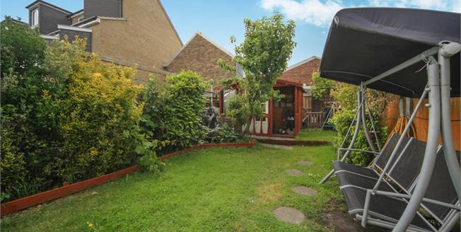 Asking Price £425,000, 2 Bedroom Terraced House For Sale in Thornton Heath, CR7
