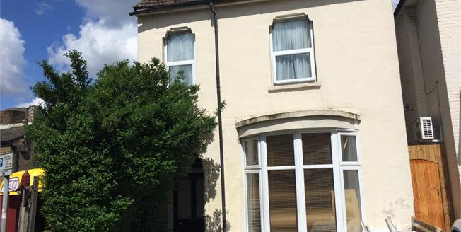 Guide Price £225,000, 1 Bedroom Flat For Sale in Croydon, CR0