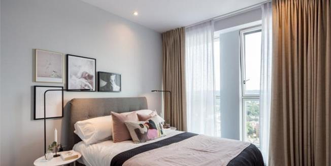 £367,500, 1 Bedroom Flat For Sale in Croydon, CR0