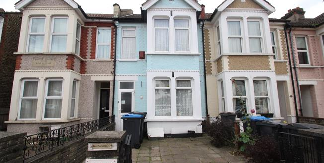 Asking Price £440,000, 3 Bedroom Terraced House For Sale in South Croydon, CR2
