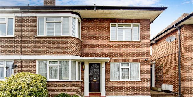 Asking Price £340,000, 2 Bedroom Maisonette For Sale in Croydon, CR0