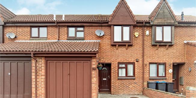 Asking Price £425,000, 3 Bedroom Terraced House For Sale in Croydon, CR0
