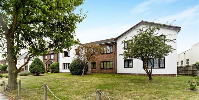 Offers in excess of £140,000, 1 Bedroom Flat For Sale in Croydon, CR0