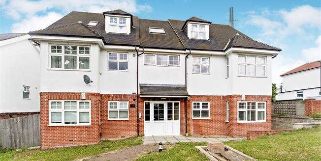 Asking Price £309,995, 2 Bedroom Flat For Sale in Croydon, CR0