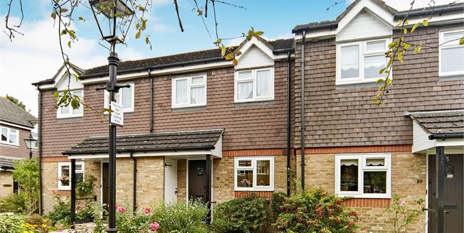 Asking Price £375,000, 2 Bedroom Terraced Cottage For Sale in Croydon, CR0