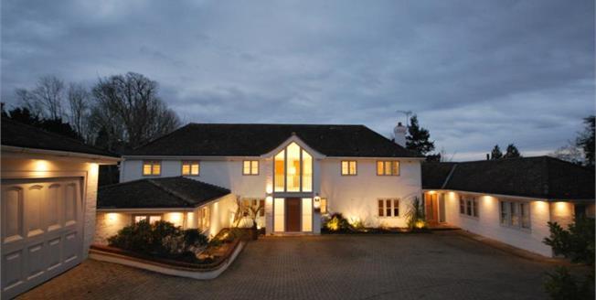 £2,350,000, 5 Bedroom Detached House For Sale in Oxshott, KT22