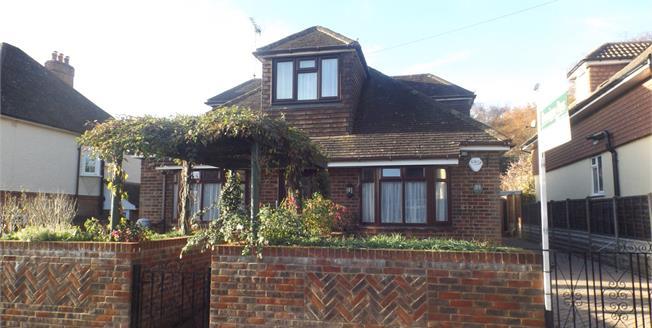 Offers in the region of £695,000, 4 Bedroom Detached House For Sale in Farnham, GU9