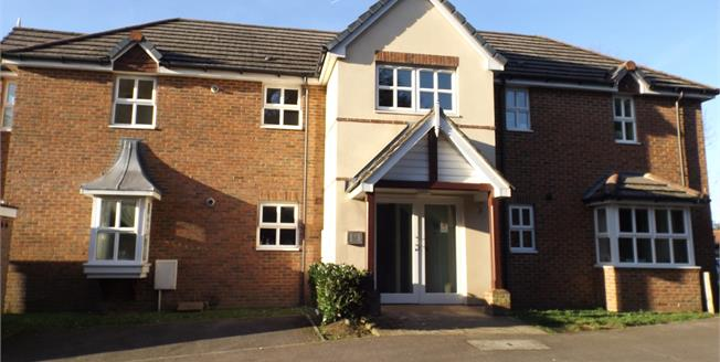 Asking Price £179,950, 1 Bedroom For Sale in Farnham, GU9