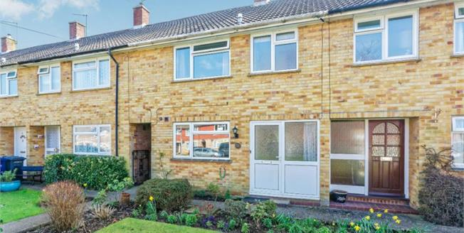 £365,000, 3 Bedroom Terraced For Sale in Witley, GU8