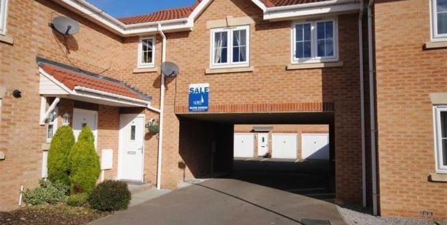 Offers Over £100,000, 1 Bedroom Detached Flat For Sale in Chesterfield, S40
