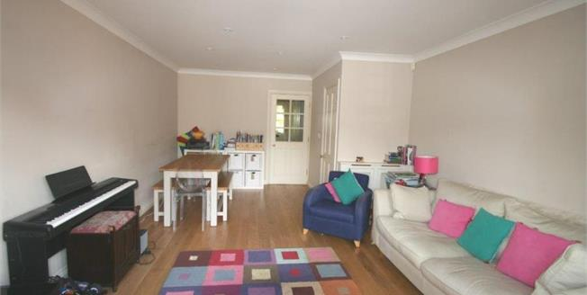 Asking Price £500,000, 4 Bedroom Terraced House For Sale in Shere, GU5