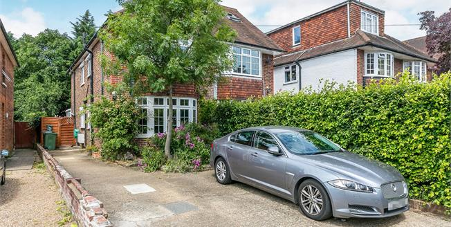 Guide Price £575,000, 3 Bedroom Semi Detached House For Sale in Guildford, GU1