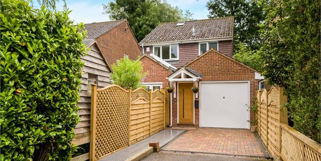 Offers in excess of £500,000, 4 Bedroom Detached House For Sale in Haslemere, GU27