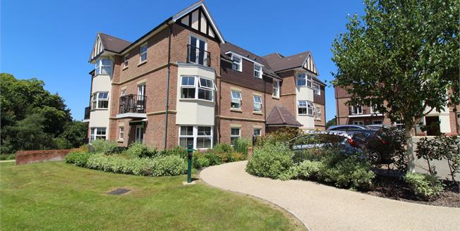 Offers in excess of £285,000, 2 Bedroom Flat For Sale in Liphook, GU30