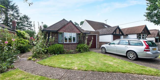 Asking Price £699,000, 3 Bedroom Detached Bungalow For Sale in Worcester Park, KT4