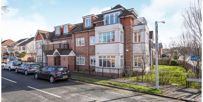 Asking Price £425,000, 2 Bedroom Flat For Sale in Worcester Park, KT4