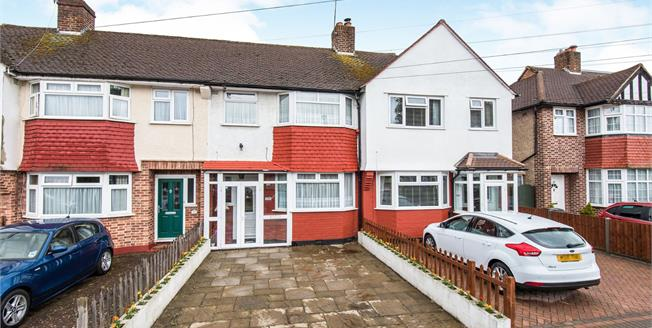 Guide Price £425,000, 3 Bedroom Terraced House For Sale in Worcester Park, KT4