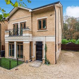 Old Malden Lane, Worcester Park, Surrey, KT4
