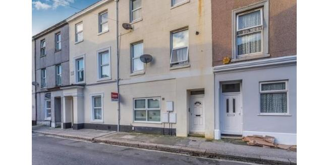 Offers in excess of £85,000, 2 Bedroom Flat For Sale in Plymouth, PL4