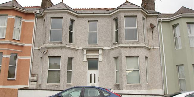 Offers Over £100,000, 2 Bedroom Flat For Sale in Plymouth, PL4