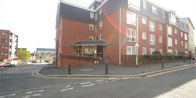 Offers Over £75,000, 1 Bedroom Flat For Sale in Plymouth, PL4