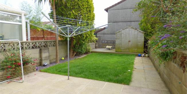 Guide Price £140,000, 2 Bedroom Semi Detached House For Sale in Plymouth, PL6