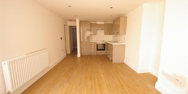 Guide Price £100,000, 1 Bedroom Flat For Sale in Devon, PL1
